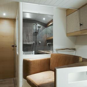 opus68 - interior