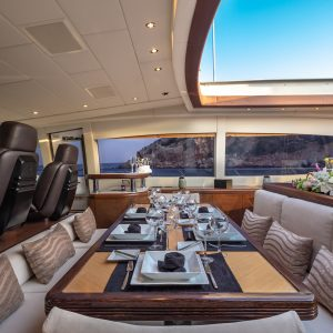 Dining hardtop open